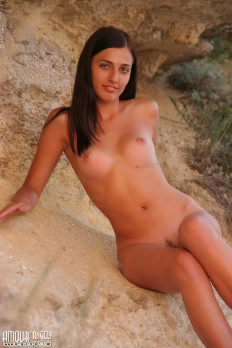 sexy erotic nudist russian women