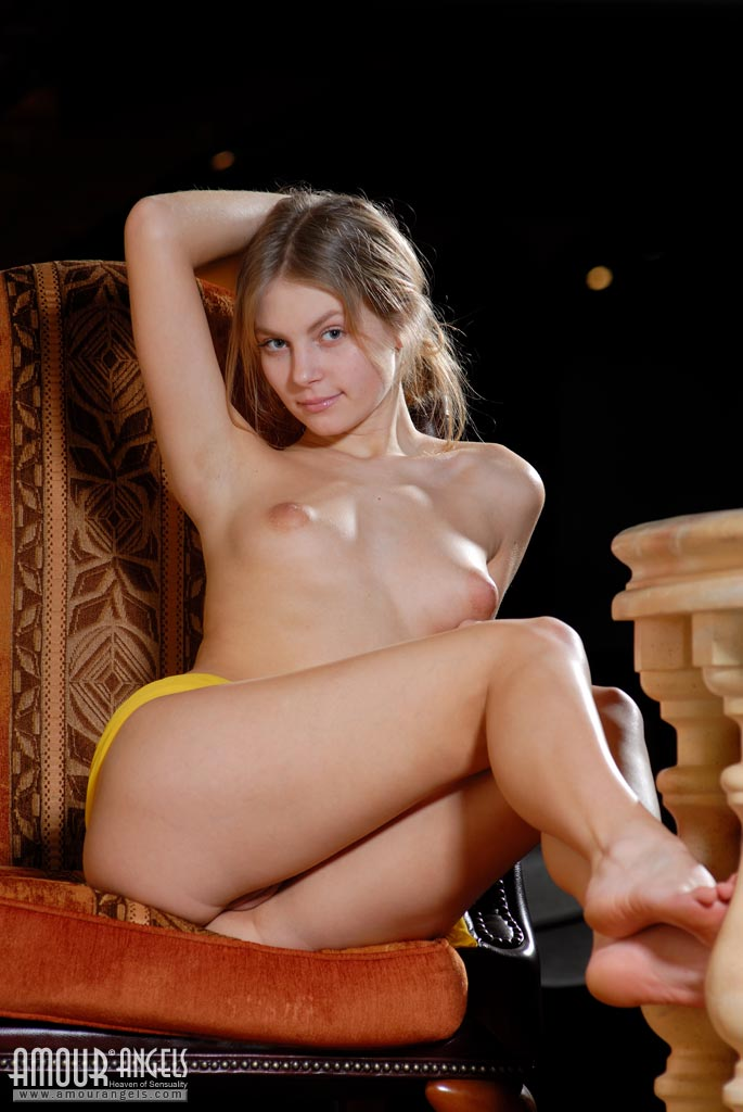 Man nude girl video